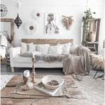 Bohemian decor is all about playing textures. This picture is a nice ... - My Blog