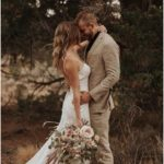 30 Best Ideas For Outdoor Wedding Photos #bridalphotographyposes romantic wodd p...