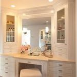 15 Incredibly Chic Ways to Decorate Your Makeup Desk That dreamy dressing table ...