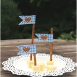 This is fix No. 12 - ideas for the Oktoberfest with freebie suggestion - table cover yourself